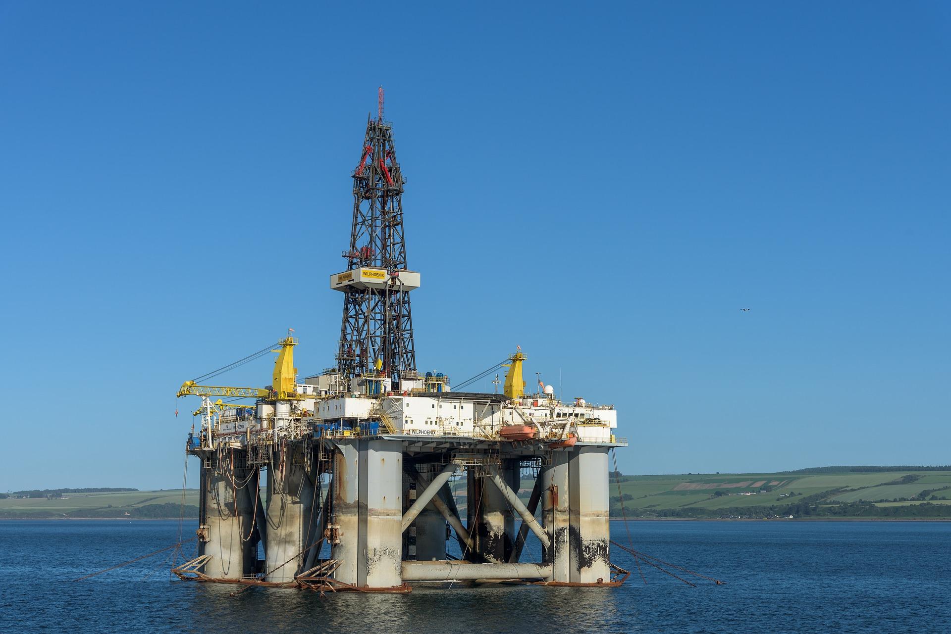 Dosažení uhlíkové neutrality většiny ropných a plynárenských společností je klam