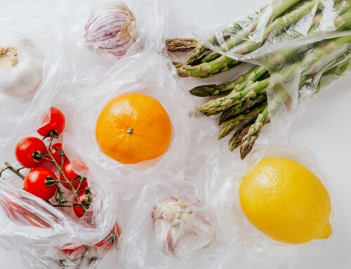 Bioplasty znečištění nezamezí. Na trh se uvádí nový materiál